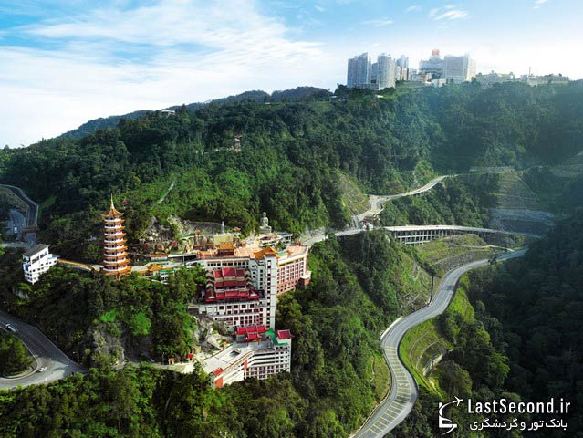 mountain resorts in malaysia Malaysia is blessed with beautiful rainforests -- on its amazing islands, highlands  and along its stunning coastlines the best thing you can live within them.